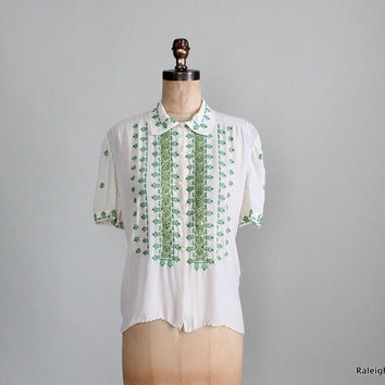Vintage 1930s Shirt : 30s 40s Rayon Embroidered Folk Blouse