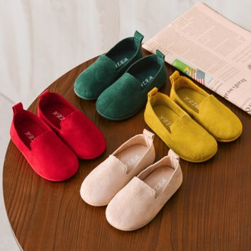Kids Slip On Shoes Round Toe Sneakers Girls Flat Shoes