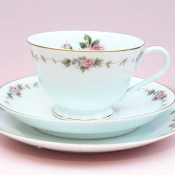 China Tea Cup Set, Tea Cup Trio, Tea Trio Set, Noritake R C Japan, Floral Teacup, Flowers, 1950s Kitchen, Wedding China, Tea Party - 1950s
