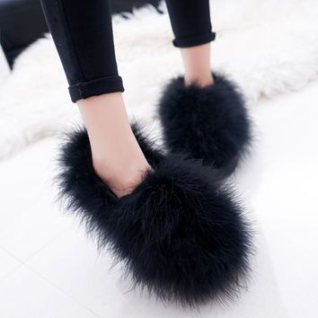 Cute Plush Winter Shoes Women Warm Peluche Ballet Flats 2018 Designer Furry Casual Shoes Woman Outdoor Loafers Zapatillas Mujer