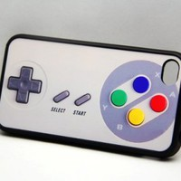 Nintendo Retro Controller IPhone 4 .. on Luulla