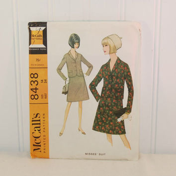 Vintage McCall's 8438 Misses' Skirt and Jacket Sewing Pattern (c. 1966) Misses' Size 14, Bust Size 34 Inches, Business Suit, Vintage Style