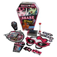Monster High™ Share or Scare Board Game