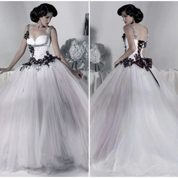 Victorian Gothic Wedding Dress 2016 Ball Gown Tulle Appliques Sequins Beaded Straps Lace Up Back White and Black Wedding Dress