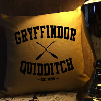 Gryffindor Quidditch harry potter throw pillow cover