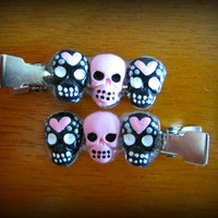 Adorable heart black and pink Sugar Skull Hair clip