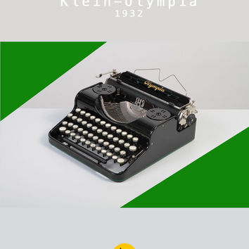 RESERVED /// Rare 1932 Olympia Portable Typewriter. Klein-Olympia. Restored anf fully working. Glossy black. With Case.