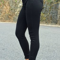 Tractr | High Waisted Skinny in Black