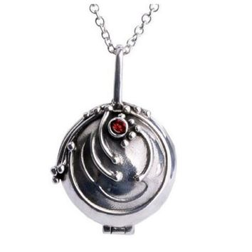 New Julie Fashion Girl 1pc  Vintage Locket Pendants Vervain Vampire Diaries Elena Gilbert Necklace Women Verbena Necklace