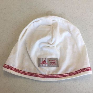 ONETOW ADIDAS INFANT WHITE PULLOVER KNIT HAT SHIPPING