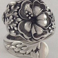Size 10 Vintage Hibiscus Flower Sterling Silver Spoon Ring