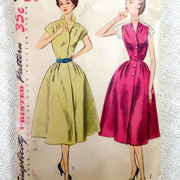 Vintage Pattern Simplicity 3901 dress sewing Full Skirt New Look 1950s 1952 Rockabilly Bust 32 Cap sleeve Shirtwaist V neck