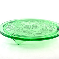 Jeannette Sunflower Footed Cake Plate in Green