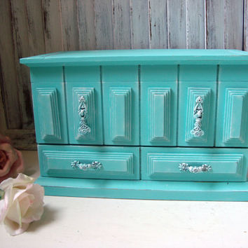 Aqua Blue Vintage Jewelry Box, Teal Distressed Musical Wooden Jewelry Holder, Shabby Chic, Beach Cottage Jewelry Chest, Gift Ideas