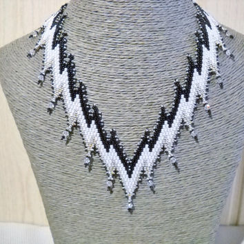 Black white necklace with Swarovski crystal, statement necklace, bargello necklace, gift for her, Bargello pattern, crystal jewelry