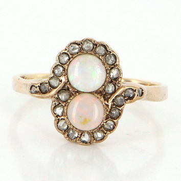 Antique Victorian 14 Karat Yellow Gold Opal Diamond Ring Vintage Estate Jewelry