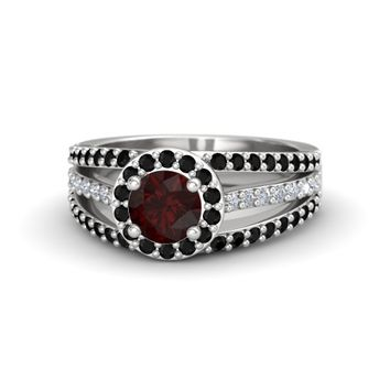 Round Red Garnet Sterling Silver Ring with Black Onyx & Diamond