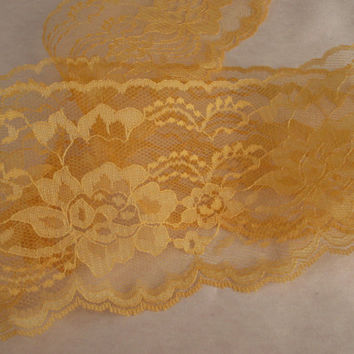 "Amber Yellow Lace Trim, 4"" wide, Apparel, Doll Clothes, Scrapbooking, Sachets, Lace for Invitations, Mason Jars, Lace Favor Wraps, 5 YARDS"
