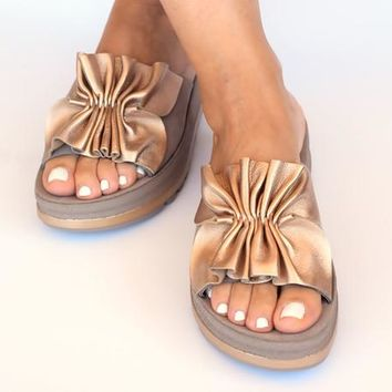 Platform gold sandals with flex sole technology, comfort leather sandals, ease shoes, anatomic women's sandals