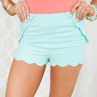 Fully Scalloped Shorts Mint release