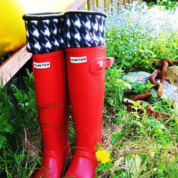 SLUGS Fleece Rain Boot Liners Black with a by WithTheRain on Etsy