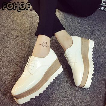 Autumn Flat Platform Shoes Woman Patent Leather Lace Up Round Toe Thick bottom shoes Ladies Casual Oxfords Female Creeper Y57