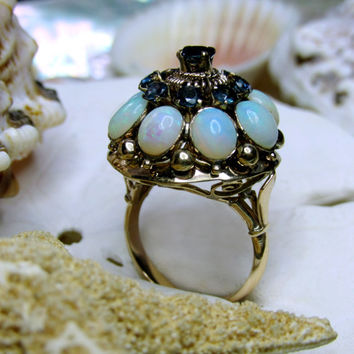 10k Yellow Gold Opal and Blue Topaz Ring 7.45g Size 7.5