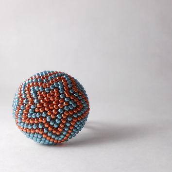 Big beaded ring - Handmade ring - Turquoise and Copper tone - Geometric pattern