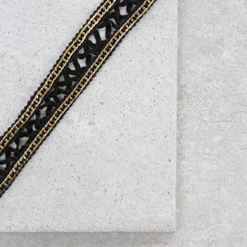 Fair Maiden Choker in Black and Gold