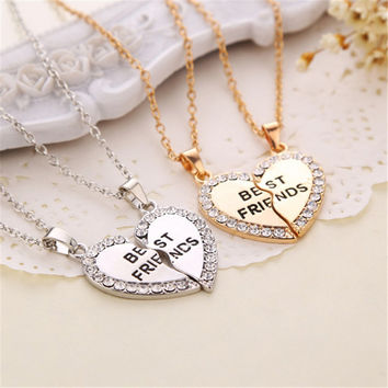 2 Pcs /set Charming matching heart-shaped pendant necklace best friend a letter Women jewelry gifts