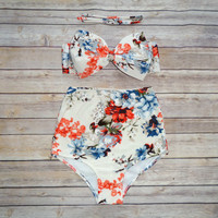Cute Bow Bikini - Vintage Style High Waisted Pin-up Swimwear - Delicate and Pretty Summer Floral Print
