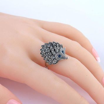 DCCKFV3 Vintage Punk Ring Unique Carved Antique Silver Hedgehog Lucky Rings for Women Boho Beach European Wedding Party Birthday Jewelry