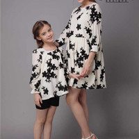 Mommy & Me Matching Black Flower Kids Top and Mother's Dress