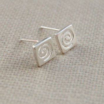 Square circle earrings,sterling silver earrings,cute earrings,smooth silver earring studs