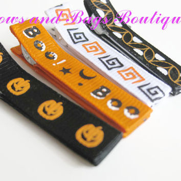 Girls hair clips, hair accessories - Halloween set of four hair clips, pumpkin, boo, white squares and black and orange