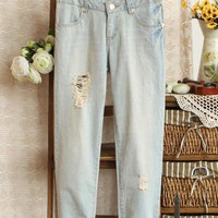 Fashion Simple Distressed Jeans$42.00