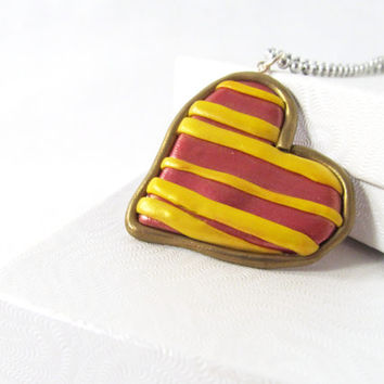 Gryffindor Tie heart pendant necklace