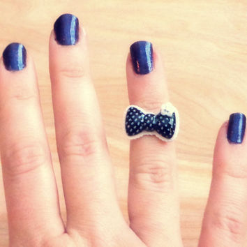 Handmade Bow Above the Knuckle / Adjustable Ring