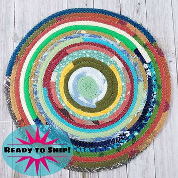 """R2S Handmade Table Mat Fabric Placemat 12"""" Diameter Multicolor Greens Ready to Ship"""