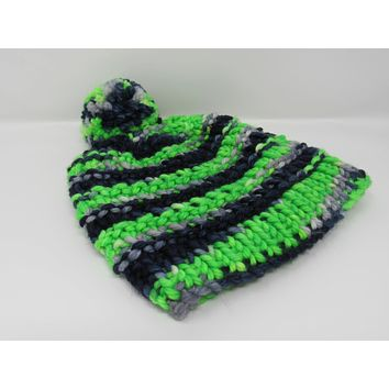 Handcrafted Knitted Hat Seahawks Pom Pom 100% Merino Wool Unisex Kids 4-6 -- New No Tags