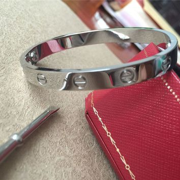 Love Cartier Series -(size 17)Bracelet in 18k White Gold & Screwdriver