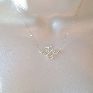 Celtic Knot Necklace - Dainty Gold Celtic Knot Necklace - Celtic Knot Necklace Necklace - Minimalistic and Modern Necklace