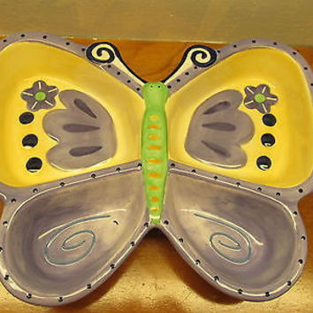 BUTTERFLY SHAPED CHIP AND DIP BOWL.