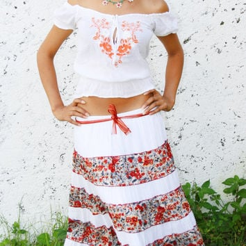 Womens Embellished Skirt, Mexican Long Skirt, Floral Skirt, One Size Fits All, White Skirt, Skirt with Liner, Gypsy Skirt, Hippie Skirt
