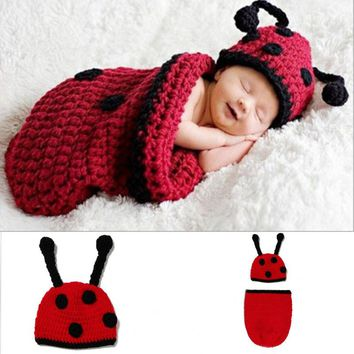 Winter Baby Photo Props Boys Ladybug Costume Photography Props Sleeping Bag + Knit Beanie Cap Newborn Clothes Set Shower Gifts