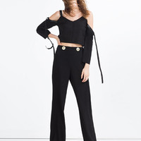 CROPPED TOP WITH STRAPS