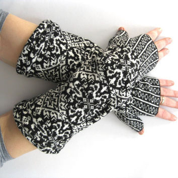 Cotton and Wool Fingerless Gloves  Fair Isle by SewEcological