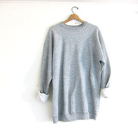 vintage heather gray sweatshirt. long pullover sweater.