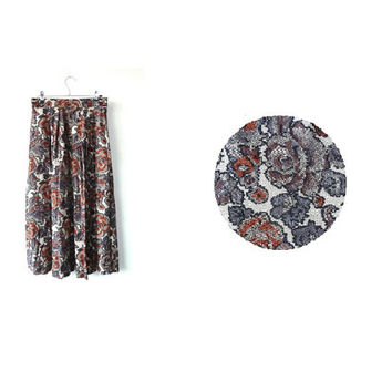 vintage TAPESTRY midi skirt . pixelated floral pattern . small. s . uk 8 10.  eur 34 36 . us 6 8 . festival . peasant . hippie . boho