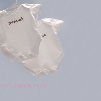 TWINS Set of 2 Custom Baby Outfit Onesuit Baby Name Embroidered Nickname Bodysuit Personalized